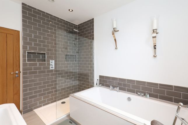 Bathroom of Langsett Avenue, Sheffield S6