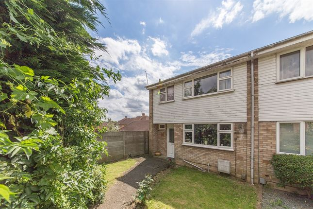 Thumbnail Semi-detached house for sale in Pyms Close, Letchworth Garden City