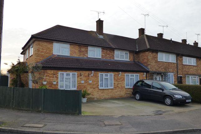 Thumbnail Property for sale in Stevenage Crescent, Borehamwood