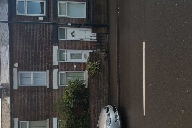 Thumbnail Terraced house to rent in Woodhouse Road, Sheffield