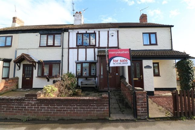 Thumbnail Cottage for sale in Wroot Road, Finningley, Doncaster, South Yorkshire