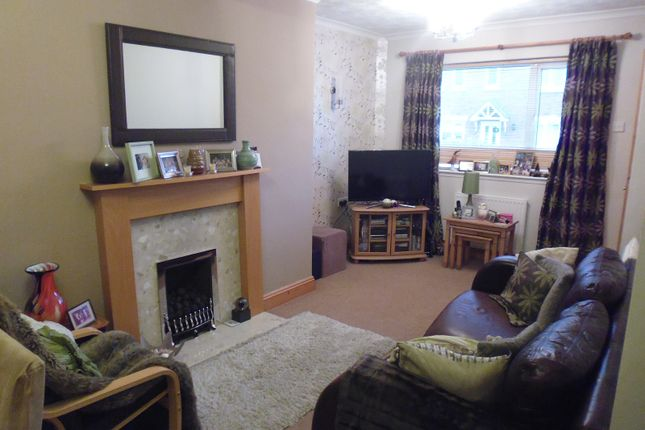 2 bed semi-detached house to rent in Orleton Terrace, Wellington, Telford, Shropshire