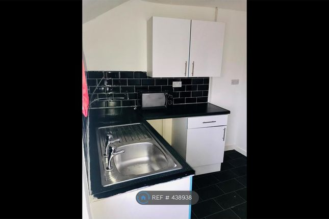 Thumbnail Flat to rent in Linacre Road, Liverpool