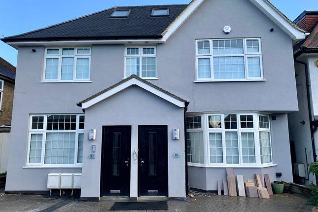 Thumbnail Flat to rent in Edgwarebury Lane, Edgware