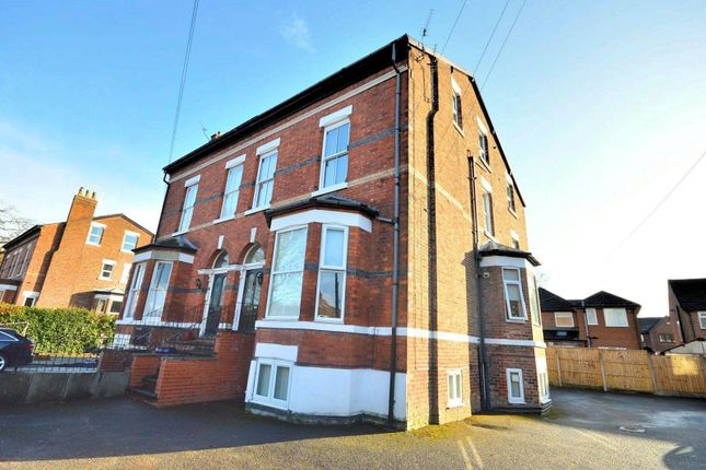 Thumbnail Semi-detached house for sale in Holmefield, Sale