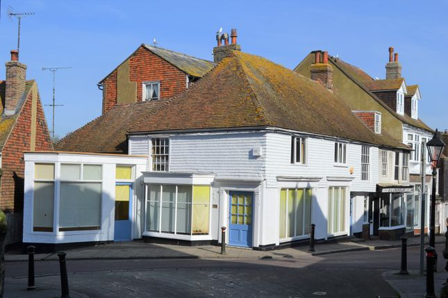 Thumbnail Town house for sale in Landgate, Rye