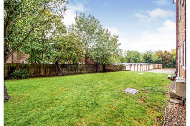 Communal Gardens of Seaford Close, Ruislip HA4