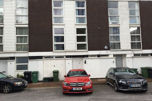 4 bed town house to rent in Hornby Close, Swiss Cottage