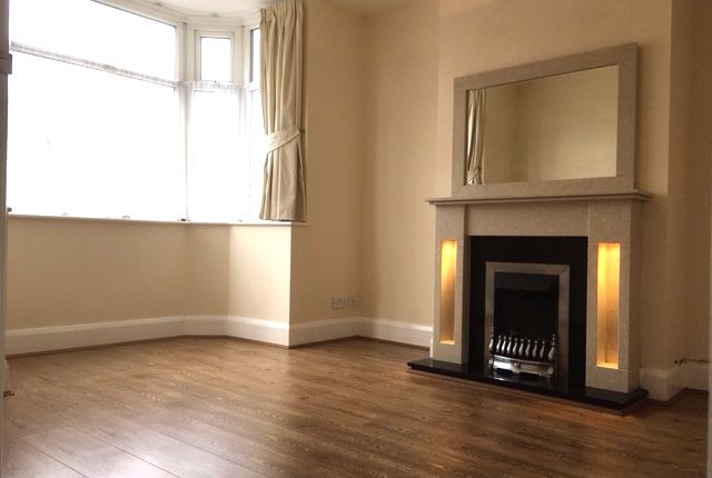 Detached house to rent in Shirley Road, Birmingham