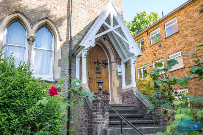 Picture No. 07 of Crescent Road, Crouch End, London N8