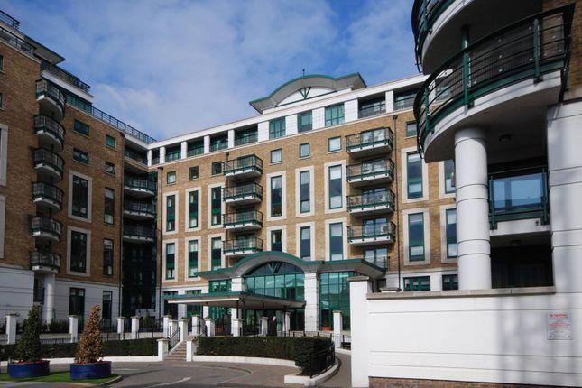 2 bed flat for sale in Warwick Road, Kensington