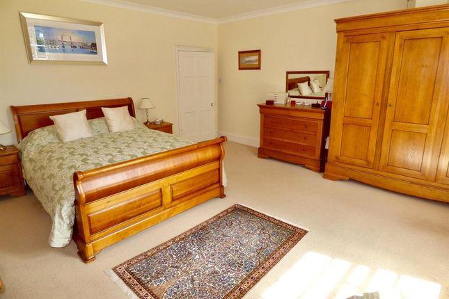 Master Bedroom of Annan DG12