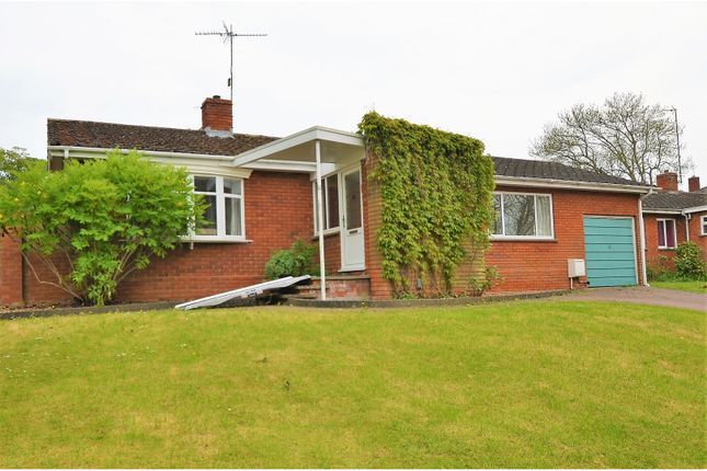 Thumbnail Detached bungalow for sale in South Park, Rushden
