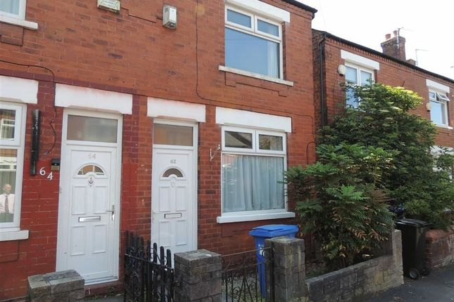 Thumbnail Semi-detached house to rent in Islington Road, Woodsmoor, Stockport