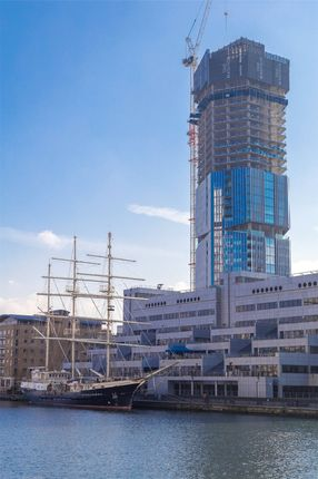 Thumbnail Flat for sale in Madison Building, London