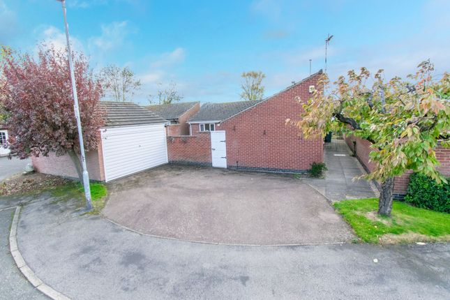 Thumbnail Detached bungalow for sale in Cottesmore Avenue, Oadby