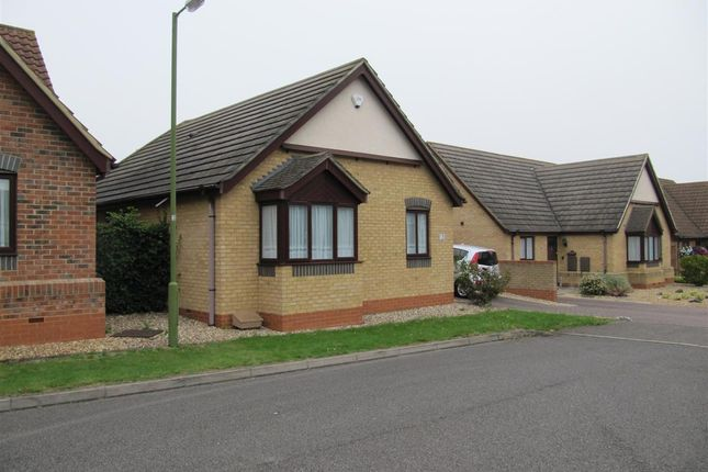 Thumbnail Bungalow to rent in Corvus Close, Royston