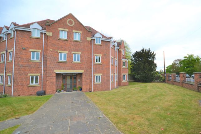 2 bed flat to rent in Bawtry Road, Bessacarr, Doncaster DN4
