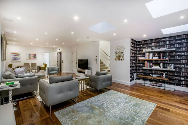Thumbnail Flat to rent in Dunraven Street, Mayfair, London