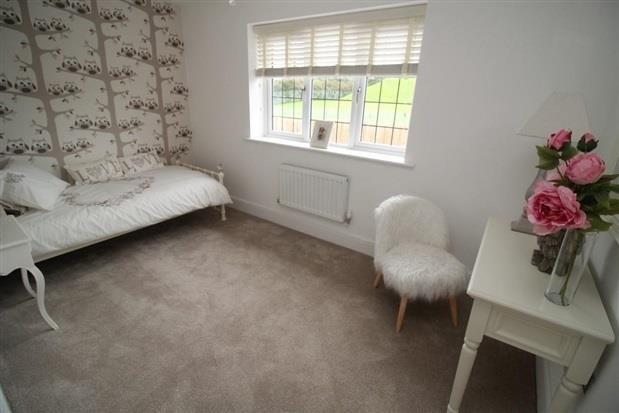 Bedroom of Elkstone Avenue, Barrow-In-Furness LA14