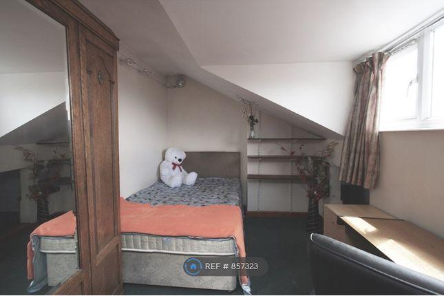 Attic Front Bedroom
