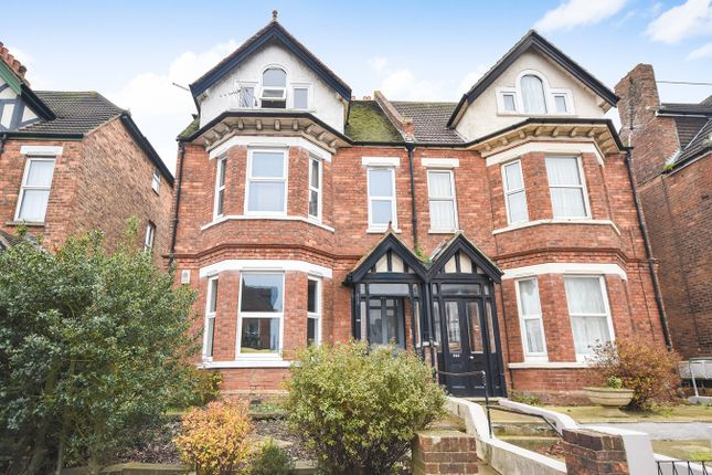 Thumbnail Flat for sale in 223 Cheriton Road, Folkestone