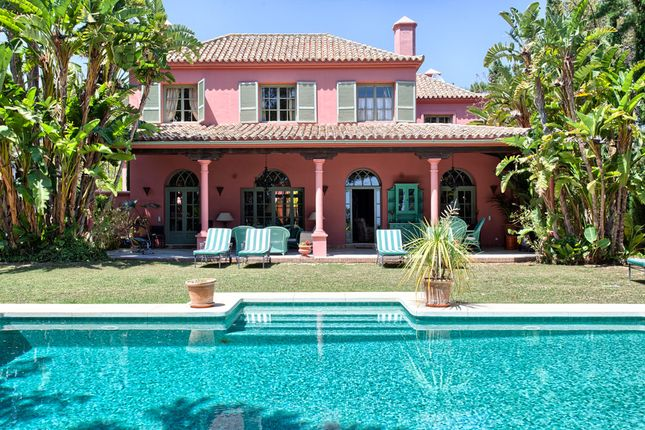 Thumbnail Villa for sale in Hacienda Las Chapas, Marbella, Málaga, Andalusia, Spain