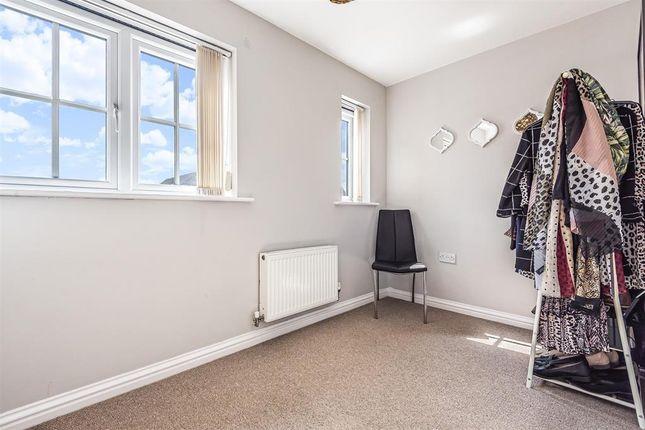 Bedroom 2 Used As Dressing Room