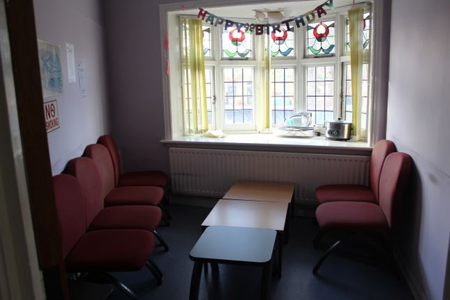 Waiting Room of Hamstead Road, Handsworth, Birmingham B20