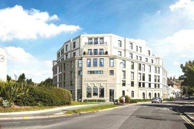 3 bed flat for sale in Commercial Road, Lower Parkstone, Poole, Dorset BH14