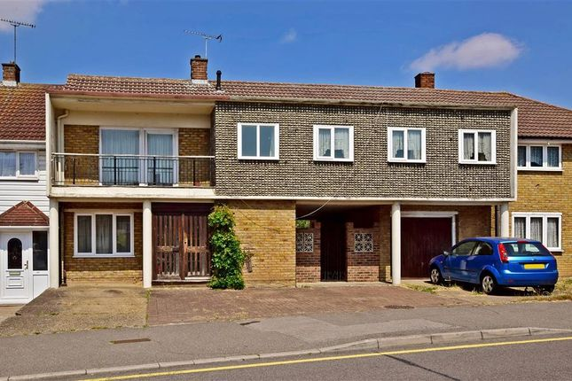Thumbnail Terraced house for sale in Long Riding, Basildon, Essex