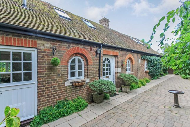 Thumbnail Detached house for sale in Ivy House Lane, Berkhamsted