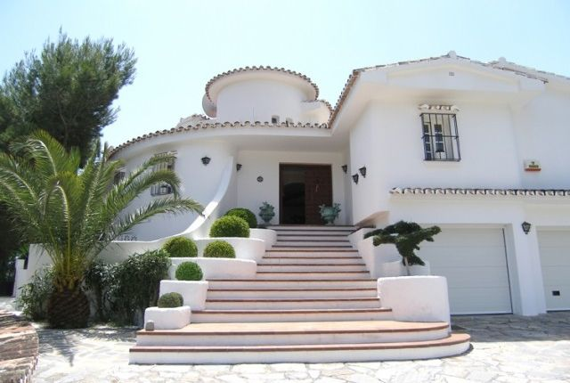 Villa Entrance of Spain, Málaga, Mijas