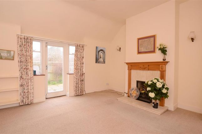 2 bed bungalow for sale in Barn Close, Kingston, Lewes, East Sussex