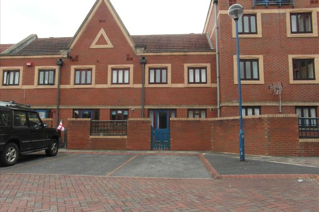 3 bed flat to rent in Anchorage Mews, Thornaby, Stockton-On-Tees