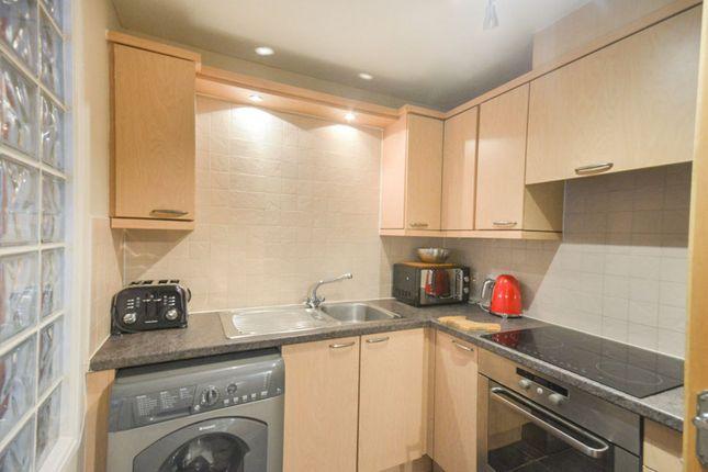 Kitchen of Giles Street, Edinburgh EH6