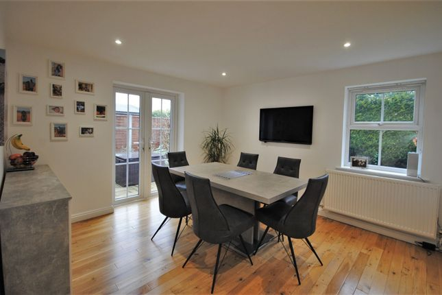 Dining Room of Lingfield Close, Tytherington, Macclesfield SK10