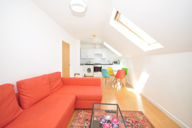 Flat to rent in Queens Road, Portsmouth
