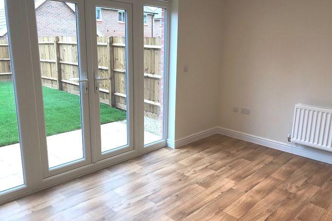 3 bedroom terraced house for sale in Lutterworth Road, Burbage, Hinckley