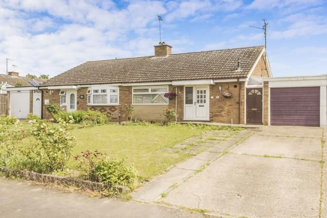 Thumbnail Bungalow for sale in Arundel Court, Rushden, Northamptonshire, .