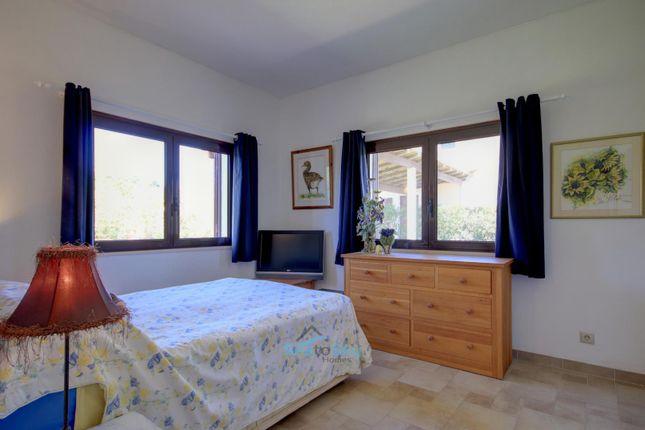 Guest Bedroom of Caramujeira, Algarve, Portugal