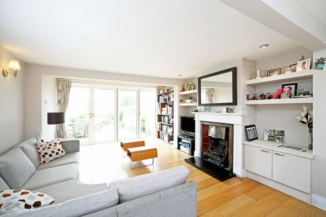 Thumbnail Cottage to rent in Brocas Street, Eton, Windsor
