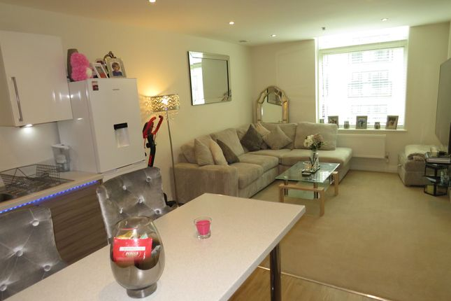 1 bed flat for sale in Bessemer Road, Welwyn Garden City AL7