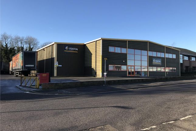 Thumbnail Warehouse to let in 27 Mark Road, Hemel Hempstead, East Of England