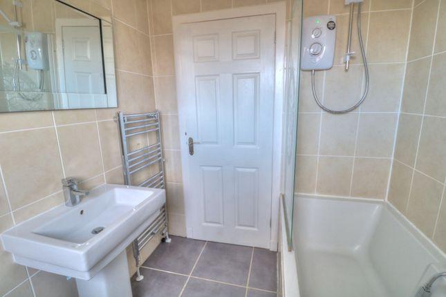 Shower Over Bath of Patons Lane, Montrose DD10