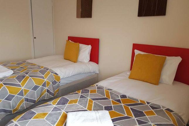 Thumbnail Flat to rent in Eddiwick Avenue, Houghton Regis