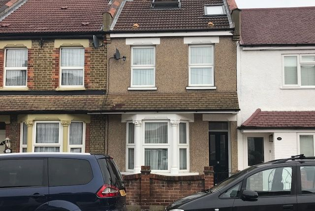 Thumbnail Terraced house to rent in Kynaston Road, Thornton Heath