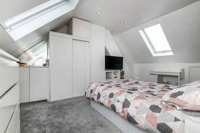 Bedroom One of Redhill Drive, Brighton BN1