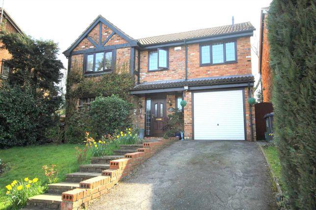 Thumbnail Detached house for sale in Hunters Oak, Hemel Hempstead