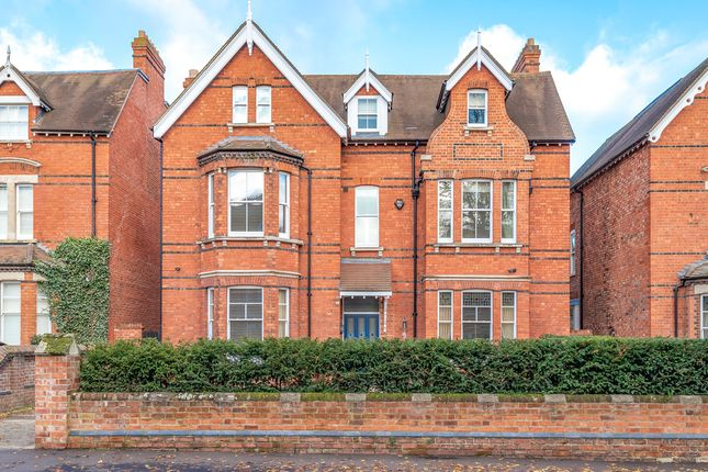 Thumbnail Detached house for sale in Lansdowne Road, Bedford
